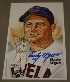 Early Wynn Autographed Perez-Steele Art Postcard